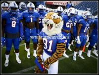 Tennessee State players and their mascot