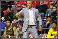 Coach Juan Dixon